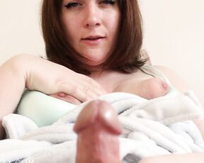 Mommy Roleplay, Trans, POV, Precum, Cumshots icy winters trans mommy feeds you her cum and p-- ManyVids