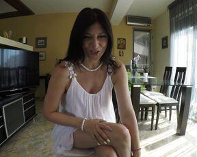 Mommy Roleplay, POV, Pee julia jordan moms handjob and p-- pov ManyVids