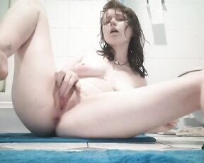 18 & 19 Yrs Old, Amateur, Fingering, Fisting, Shower willowfall clean to filthy ManyVids
