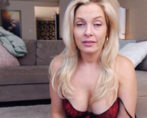 Mother's Day, Nudity/Naked, Reality Porn, Role Play, Taboo missbehavin26 watch porntv with mom ManyVids