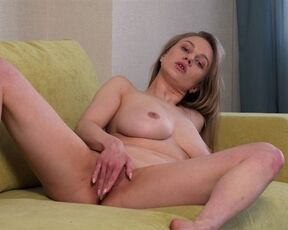 Brunette, Girl Orgasm, Shaved Pussy, Fair Skin, Solo, Tall Girls, Masturbation, Long hair, Big Areolas, Big Boobs Valerie Duval - Busting Out 18.08.20 SiteRip