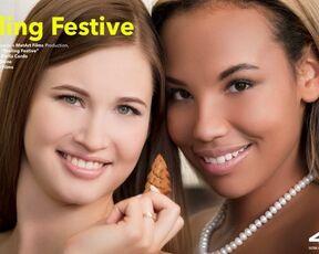 Indoors, Lesbian, Tattoo, Bracelet Romy Indy & Stella Cardo - Feeling Festive SiteRip