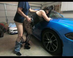 Blowjob,Cheating Wife,Covid-19,Creampie,Submissive Sluts hotwife sarah neighbor fucks wife on husbands car ManyVids